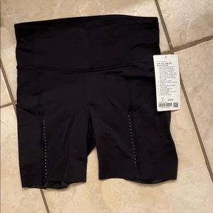 New🖤Lululemon🖤Fast and free shorts 6""